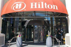 Revolving Door in Hilton Hotel Ontario - Two Wing Revolving Door Burlington, London, Ottawa